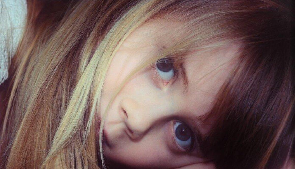 child 666161_1920
