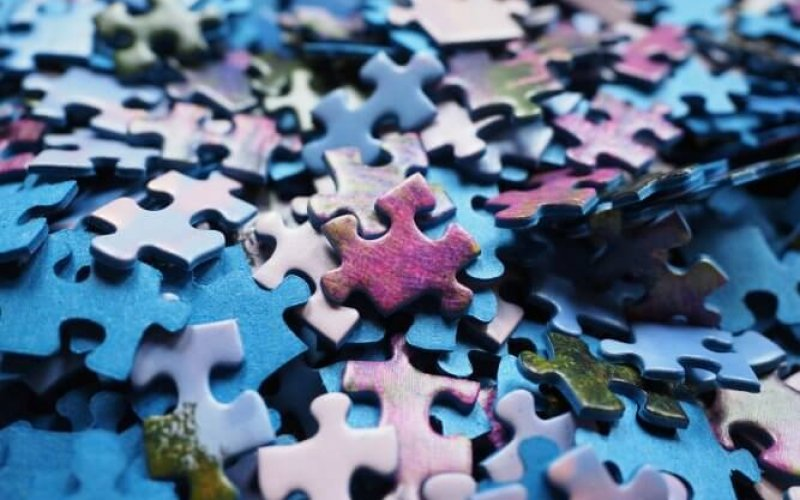 pieces-of-the-puzzle-592779_1920