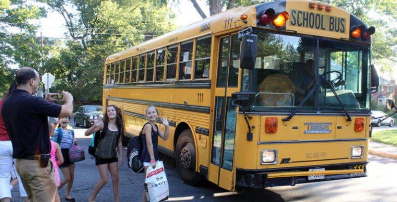 schoolbus-767x392